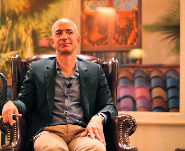 Amazon ジェフベゾス