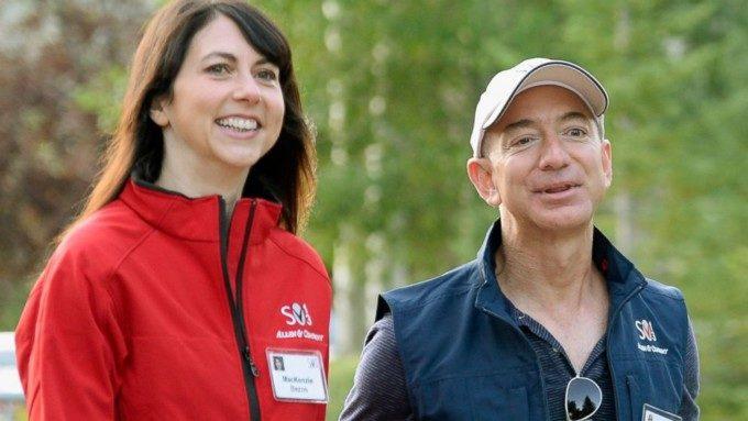 Amazon ジェフベゾス夫妻